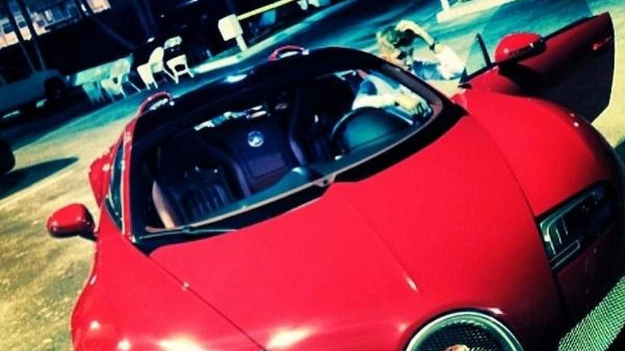 Justin Bieber shows off his new Bugatti Veyron Grand Sport