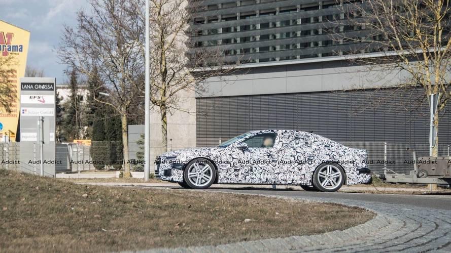 Audi S6 Sedan kamuflajlı halde görüntülendi