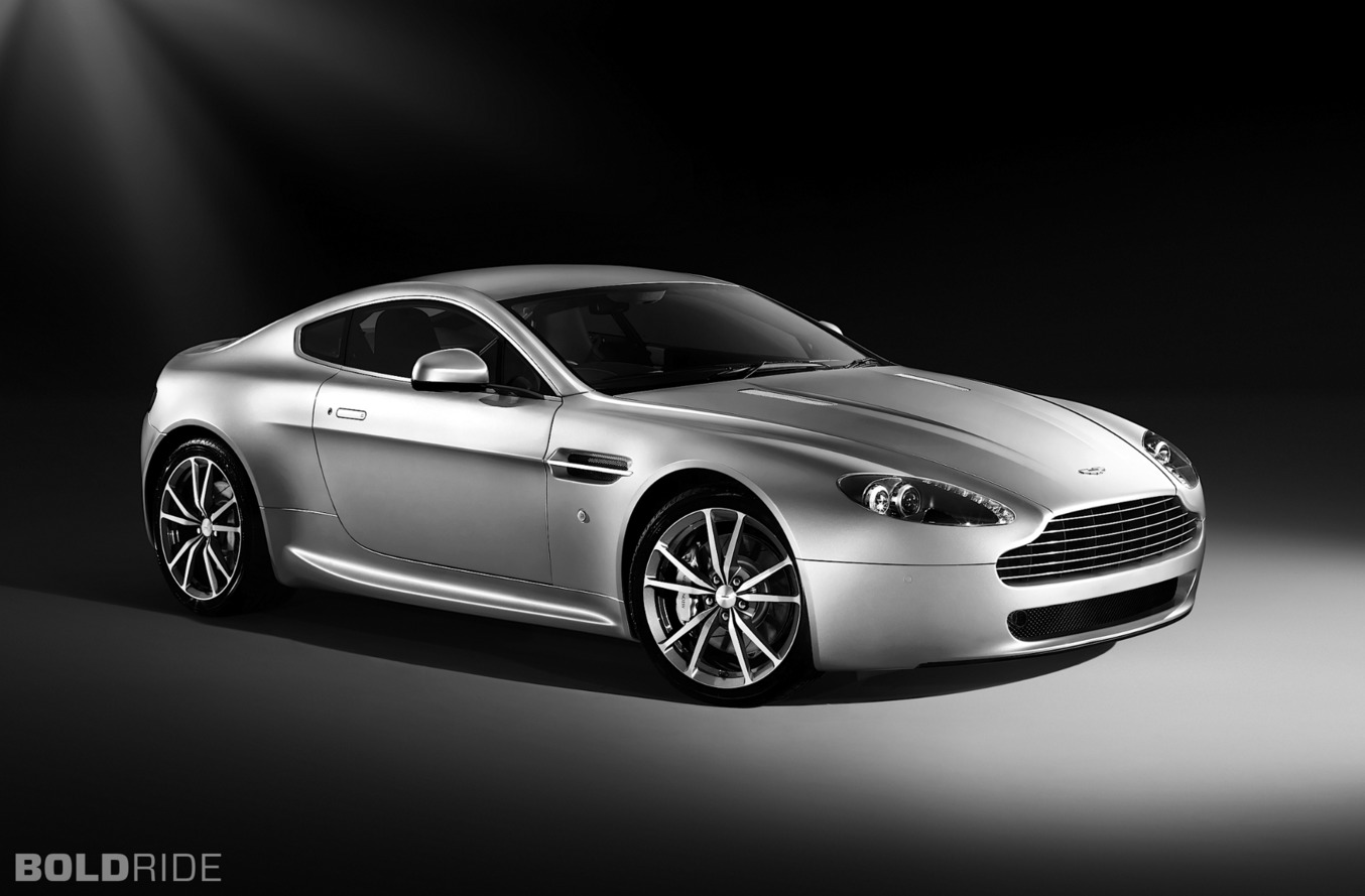 aston martin v8 vantage. Black Bedroom Furniture Sets. Home Design Ideas