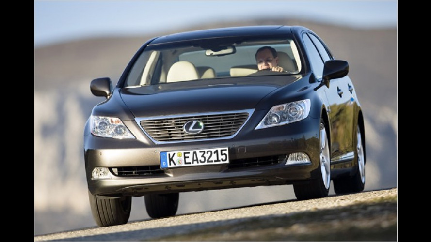 Lexus LS 460 AWD feiert Weltpremiere in Moskau