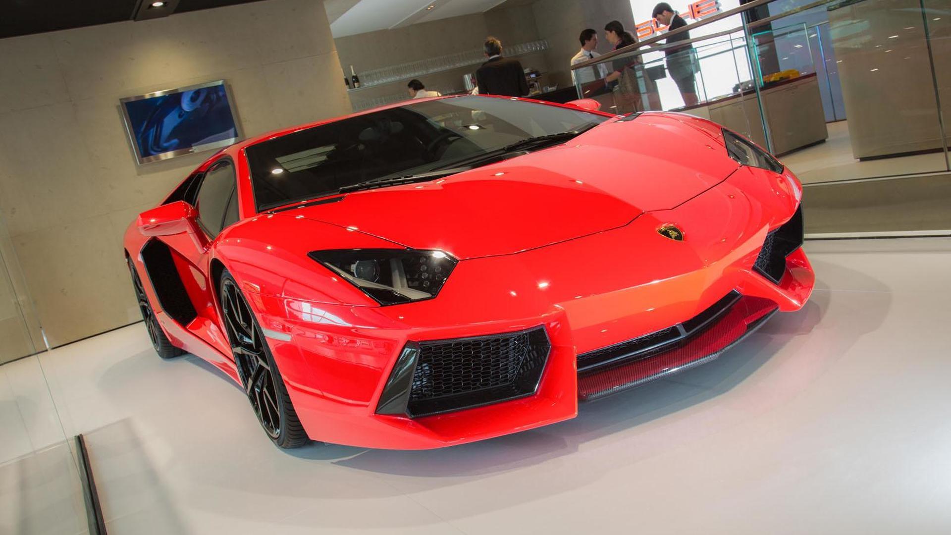 Lamborghini Aventador Four Seat Gt Concept Heading To Geneva Motor Show Report