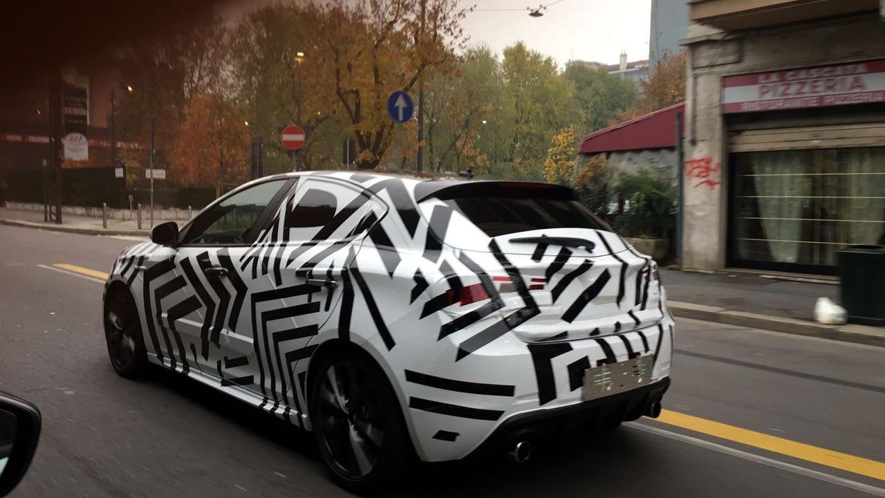 Alfa Romeo Giulietta spy photo
