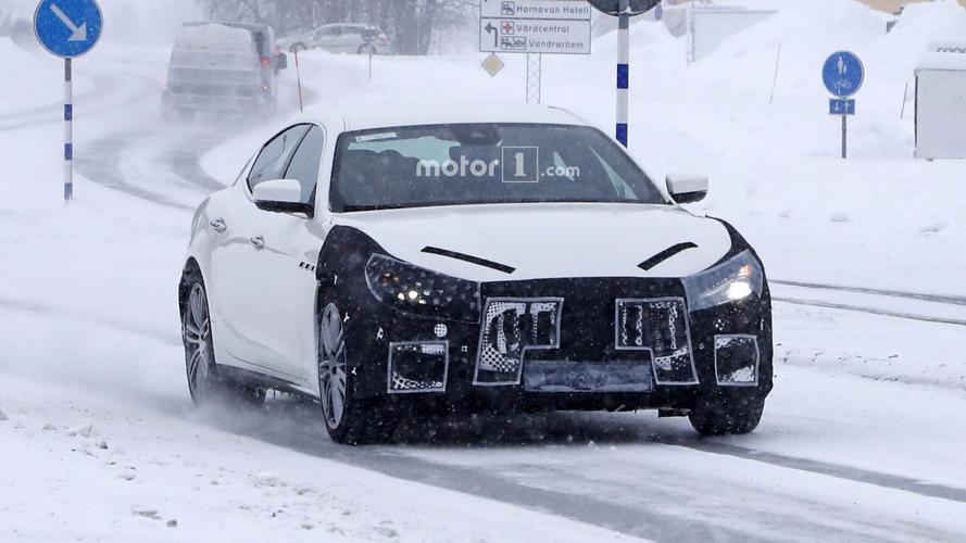 2018 Maserati Ghibli restlylée spy photos