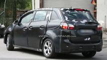 2011 Ford C-Max Spied Revealing Sliding Rear Door