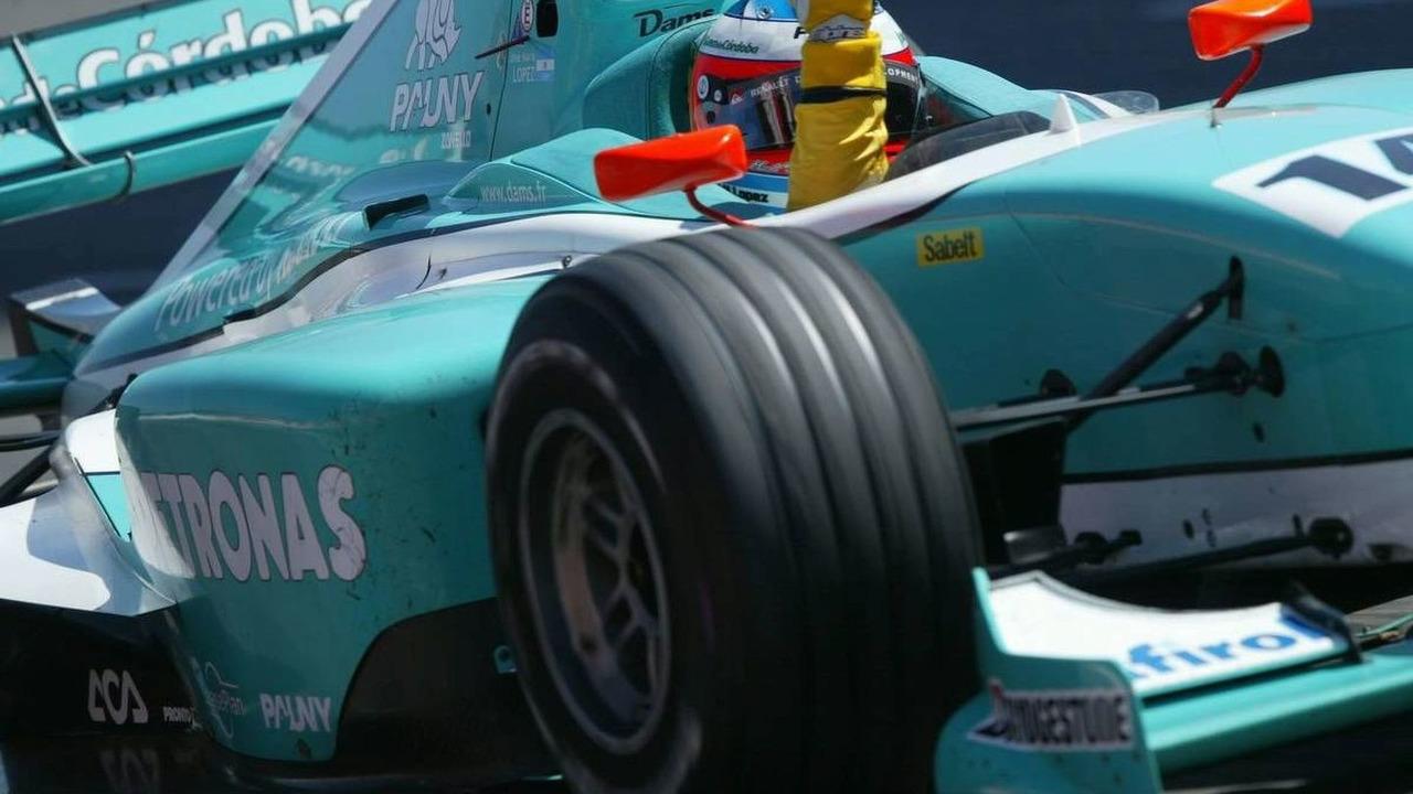 Jose Maria Lopez (ARG), DAMS, winning - GP2 Championship, Barcelona, 06-08.05.2005 Barcelona, Spain
