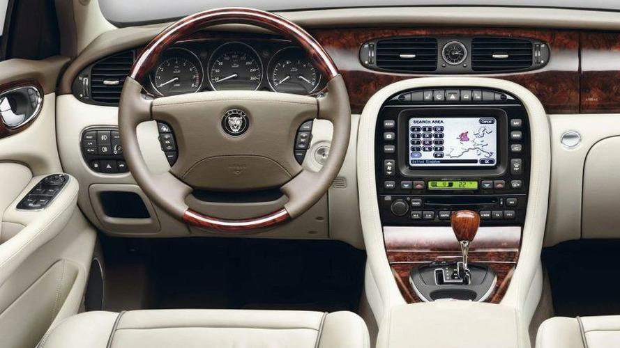 2007 Jaguar XJ Details