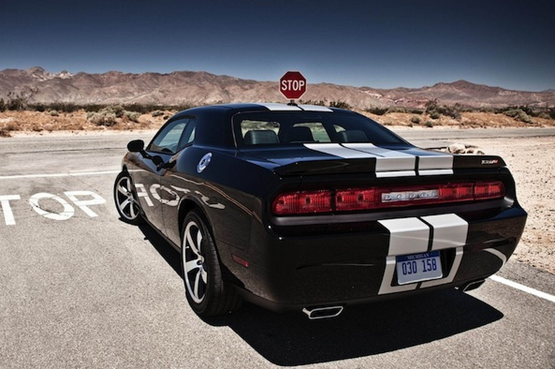 Chrysler Plotting Rival to Camaro Z/28