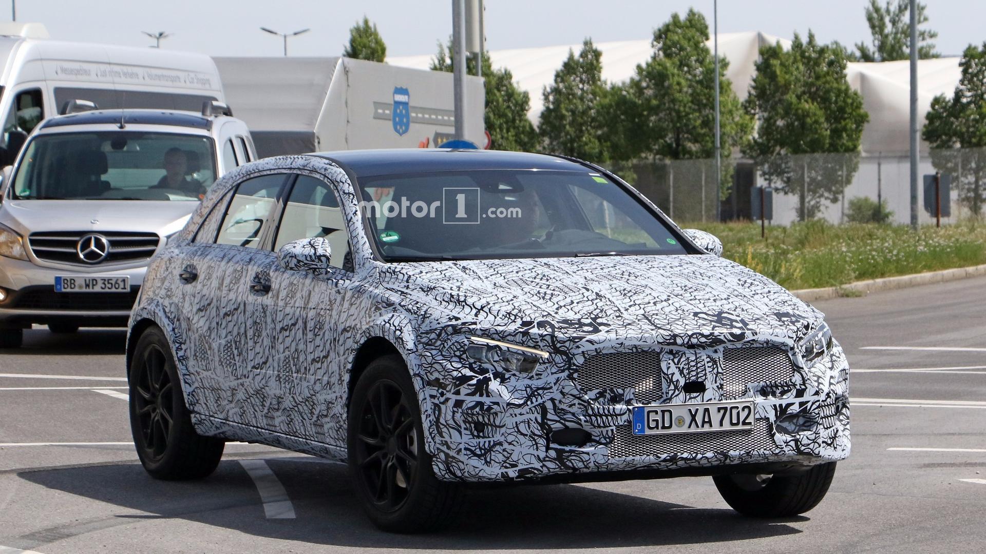2020 Mercedes GLA II 18