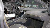 Lamborghini Centenario, Cenevre (canlı)
