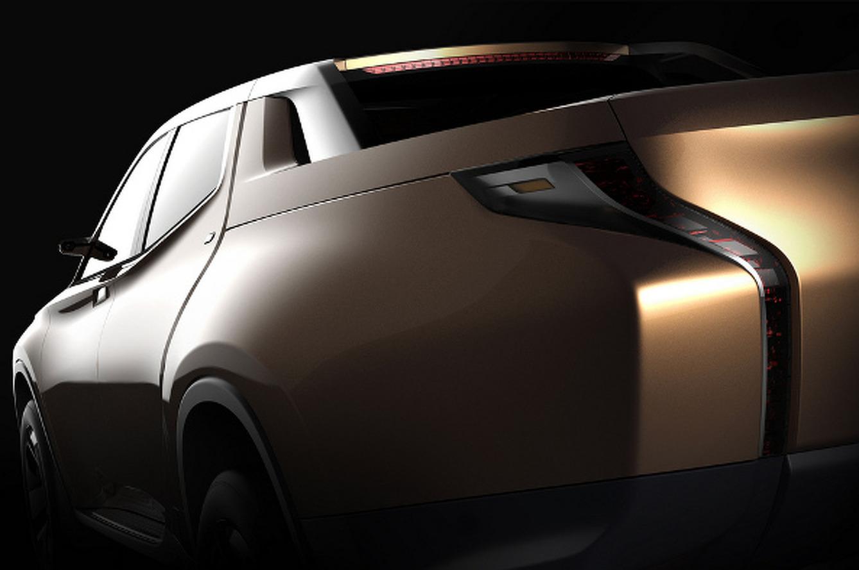 Mitsubishi Teases GR-HEV Hybrid Truck Concept
