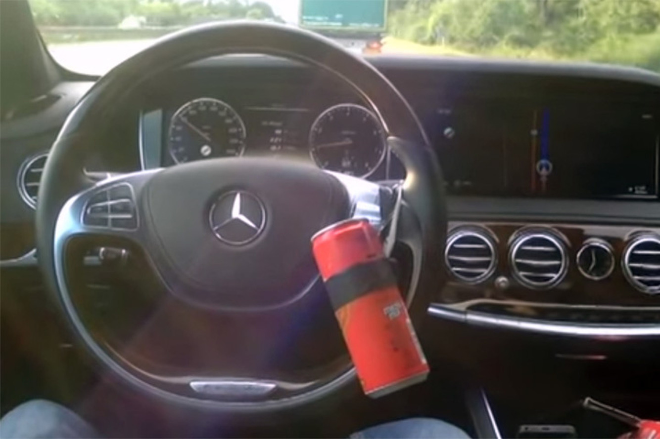 Easy Hack Makes Mercedes S-Class an Autonomous Car [Video]