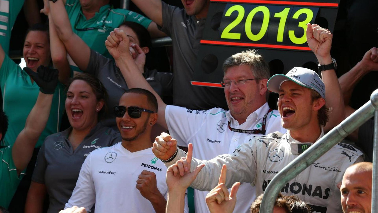 Lewis Hamilton with Ross Brawn and Nico Rosberg 30.06.2013 British Grand Prix