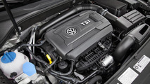 Volkswagen Passat Sport blows into the Windy City