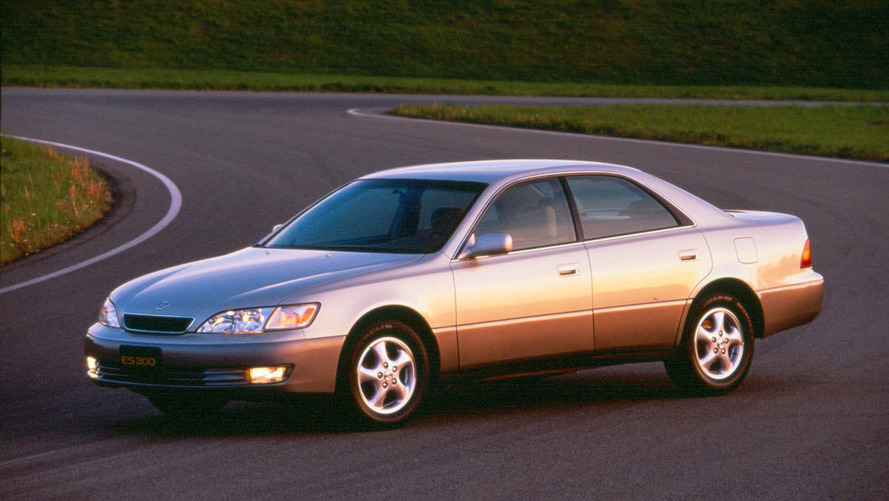 Lexus ES 300 has the most-ticketed drivers according to study