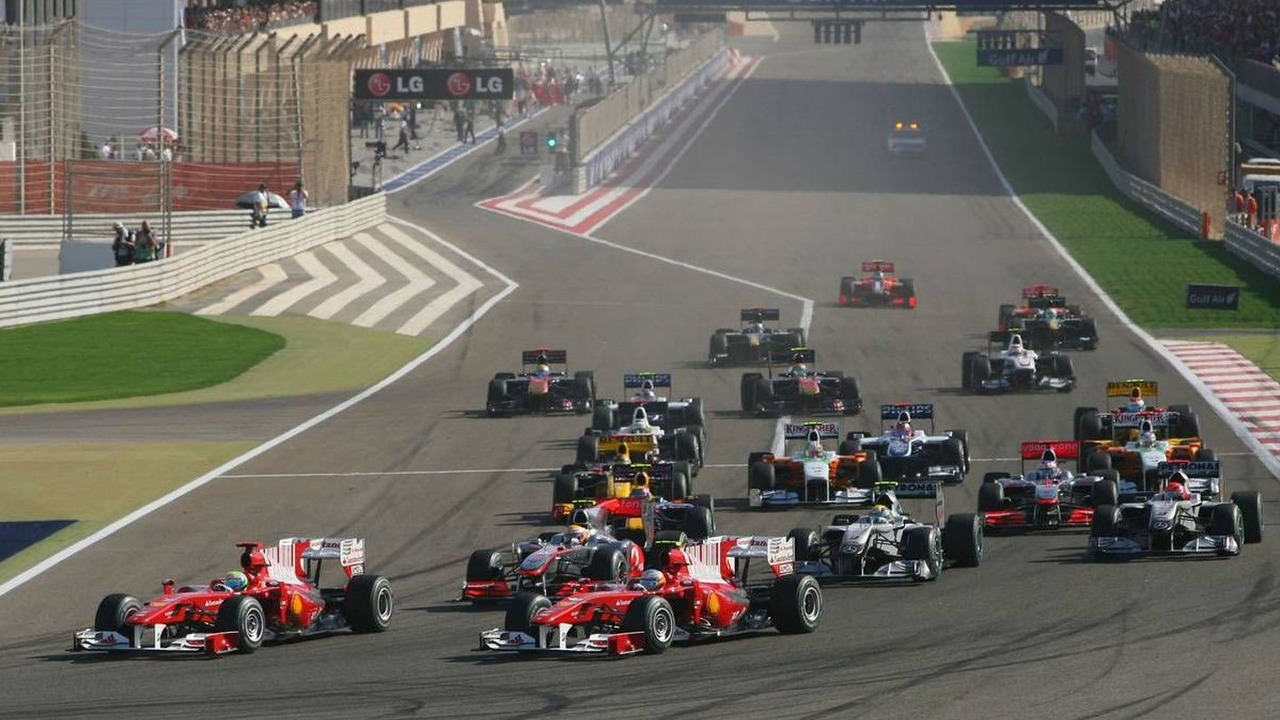 Start of the race, Fernando Alonso (ESP), and Felipe Massa (BRA), Bahrain Grand Prix, 14.03.2010 Sakhir, Bahrain
