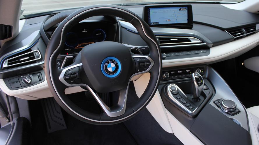 BMW i8 - EUA