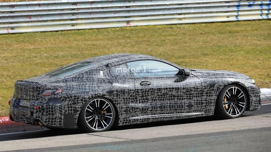 BMW M8 prototipi Nürburgring'i salladı