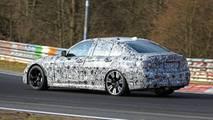 2019 BMW M3'ün Nürburgring'teki Kamuflajlı Fotoğrafları