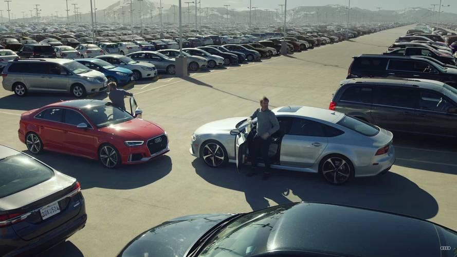 Audi RS3 ve RS7 Sportback son park yeri için yarışıyor