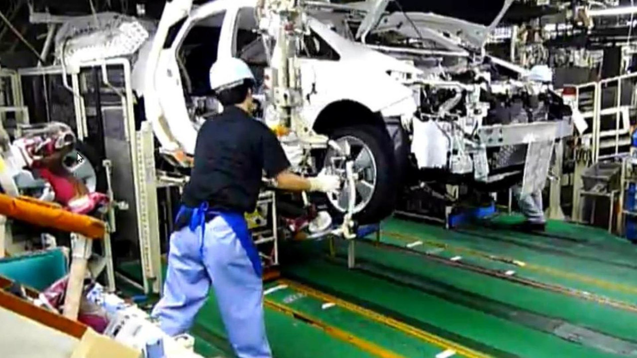 Toyota Prius production Japan