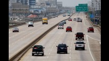 Relatório aponta que norte-americanos estão dirigindo menos