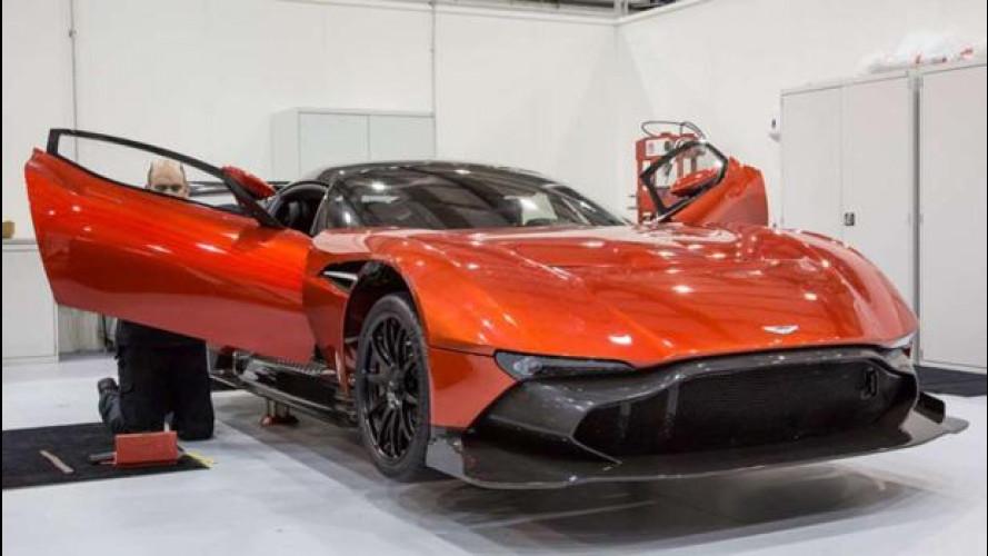 Black Friday, Aston Martin si inventa la Vulcan Experience