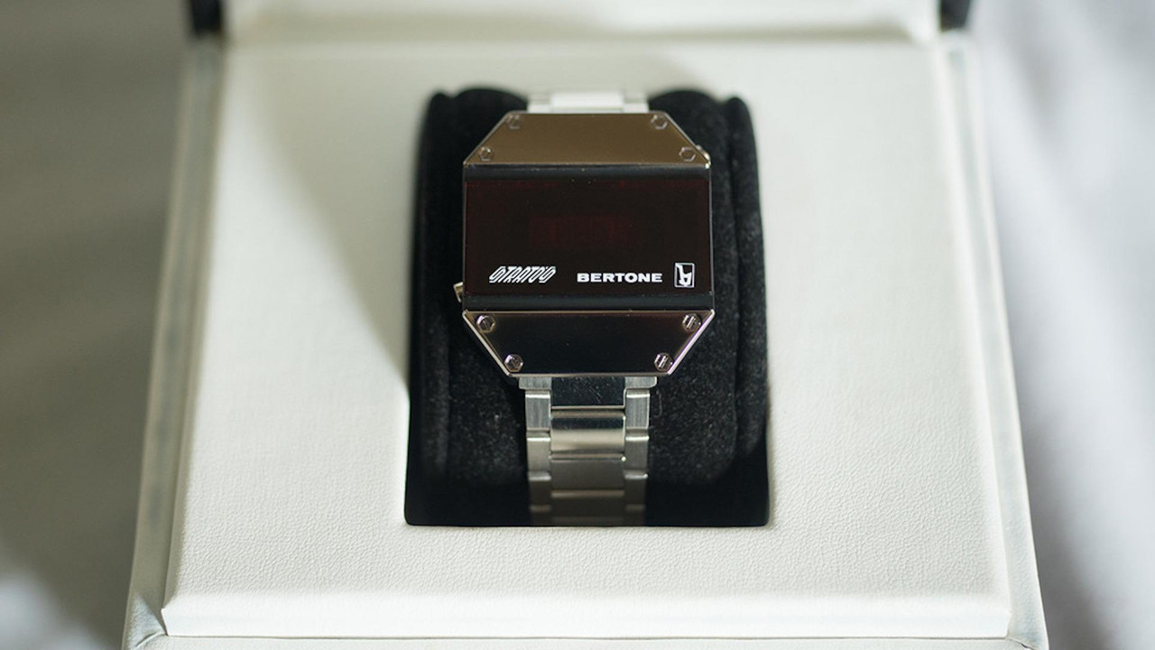 Bertone Stratos Watch