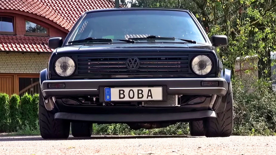 Watch This VW Golf Kill Lambos And A Bugatti Chiron To 290 KM/H