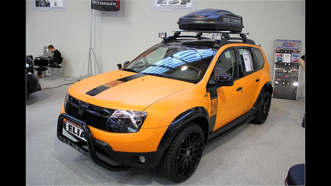 Das ist ein Dacia Duster? Elia zeigt, wie man aus dem Rumänen einen martialischen Gesellen macht