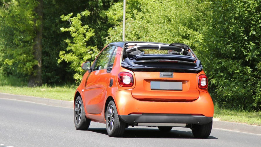 2015 Smart ForTwo spied undisguised with the top down
