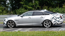 2015 Jaguar XJ facelift spy photo