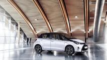 2016 Toyota Yaris Style / Bi-Tone
