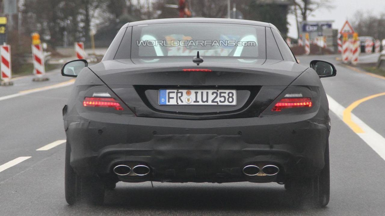 2012 Mercedes SLK63 AMG spy photos - 31.3.2011