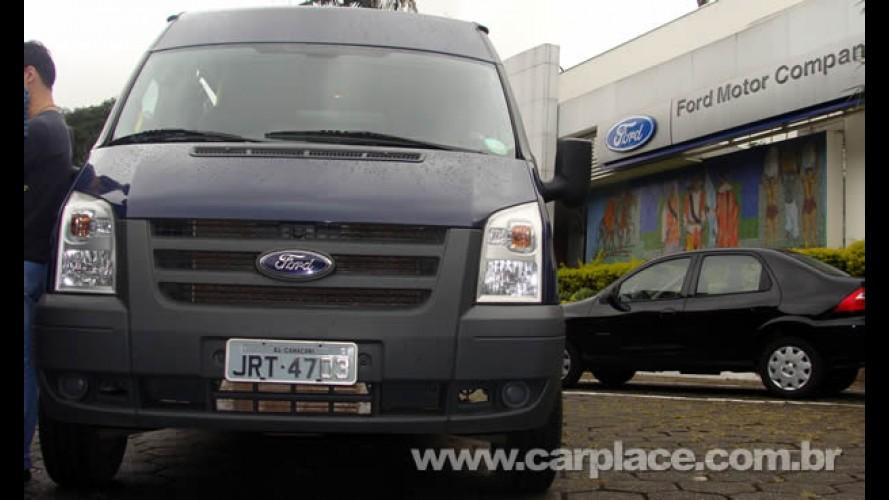 Ford Transit passa a marca de 10.000 unidades vendidas no Brasil
