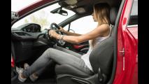 OmniAuto.it School Guida Sportiva con Peugeot 208 GTi