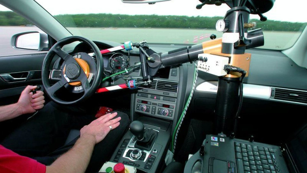 Steering machine
