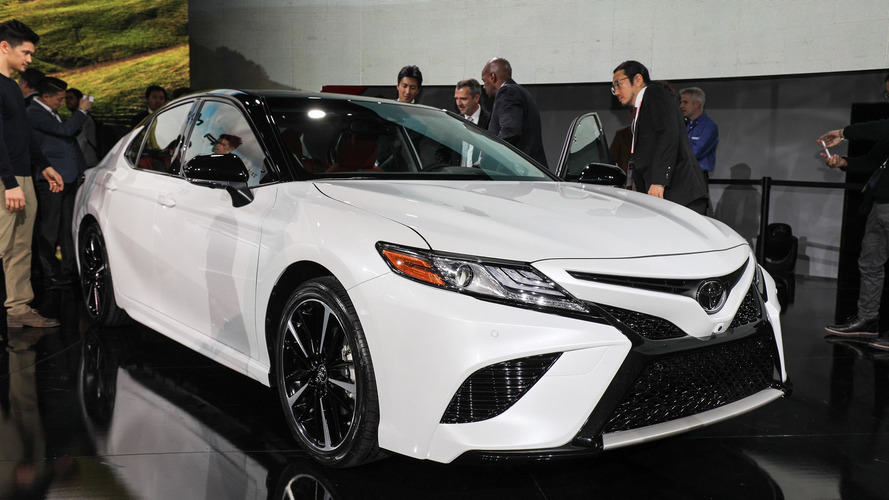 2018 Toyota Camry introduces 'aggressive' design, new engines