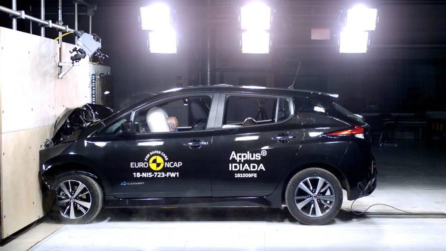 La Nissan Leaf inaugure le nouveau crash-test avec brio