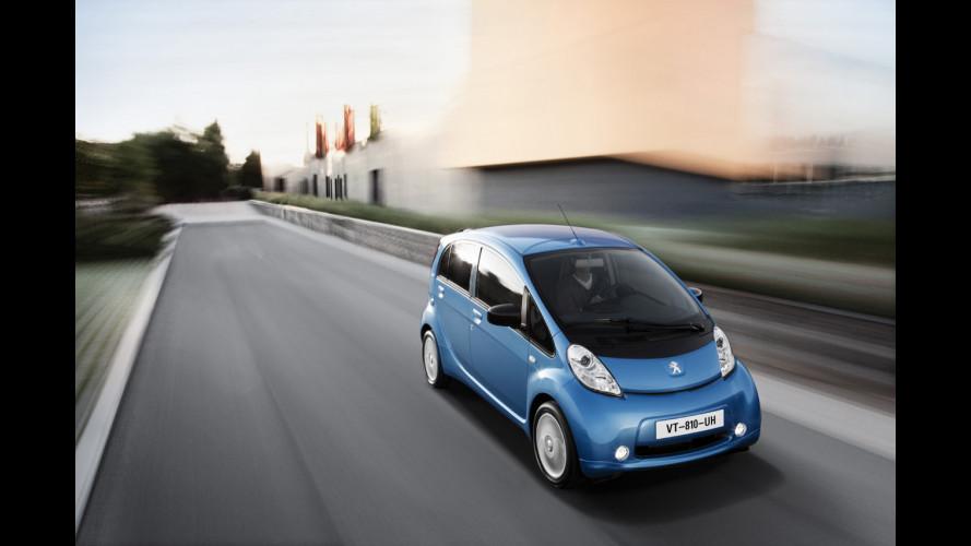 Le Peugeot iOn si ricaricano gratis a Milano