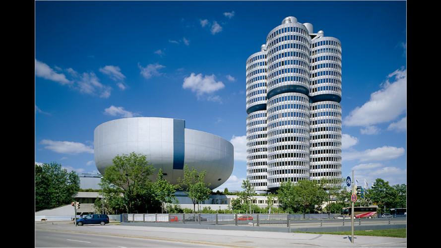 BMW baut sein Hochhaus zum Dreizylinder um
