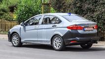 Honda Insight Test Mule Spy Shots