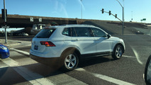 Volkswagen Tiguan LWB spy photo
