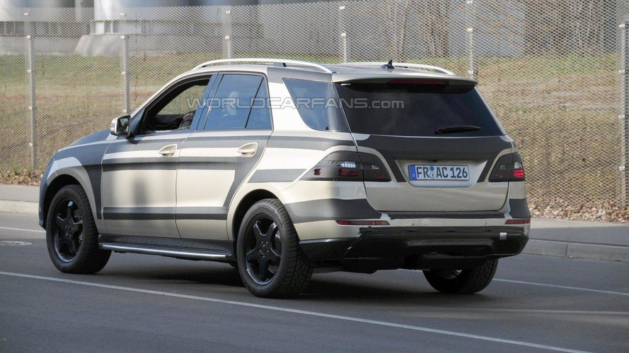 2012 Mercedes ML spied with less disguise plus interior shot