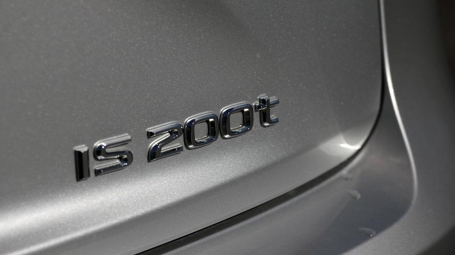 Lexus IS ve GS serilerinin geleceği henüz belirsizliğini koruyor