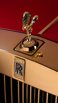 Gold-infused Rolls-Royce Phantom