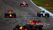 Daniel Ricciardo, Red Bull Racing RB12, Nico Rosberg, Mercedes AMG F1 W07 Hybrid and Max Verstappen, Red Bull Racing RB12