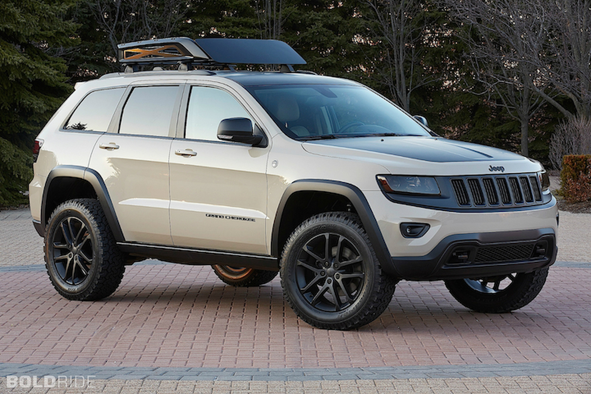 Jeep Cherokee Custom Trio Readies for Moab Safari