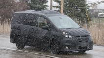 2017 Nissan Serena U.S. Spec spy photo