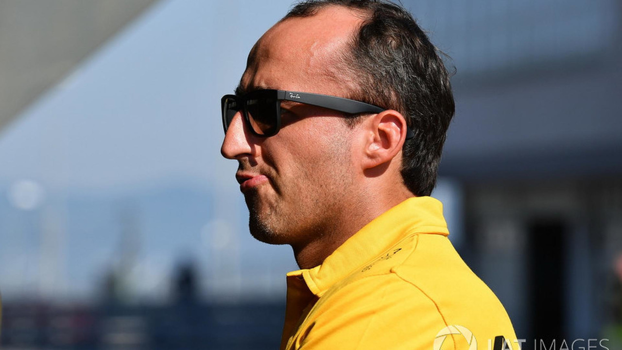 Robert Kubica supera el test de extracción