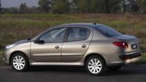 SEDÃS COMPACTOS, resultados de setembro: Peugeot 207 surpreende e derrota Honda City